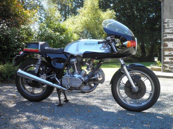 Ducati Twins à Couples Coniques : C'est ICI - Page 3 3107493815_1_11_WtiXdDo9